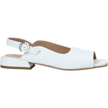 Cipők Női Szandálok / Saruk Mally 6826 Fehér