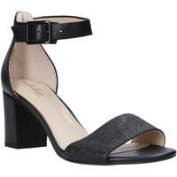 Cipők Női Szandálok / Saruk Clarks 26145161 Fekete