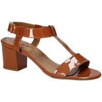 Cipők Női Szandálok / Saruk Mally 3895K Barna