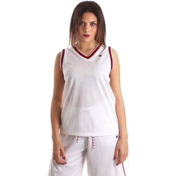 Ruhák Női Trikók / Ujjatlan pólók Champion 111382 Fehér