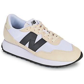 Cipők Férfi Rövid szárú edzőcipők New Balance 237 Fehér / Fekete