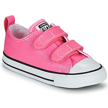 Cipők Lány Rövid szárú edzőcipők Converse CHUCK TAYLOR ALL STAR 2V  OX Rózsaszín