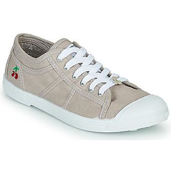 Cipők Női Rövid szárú edzőcipők Le Temps des Cerises BASIC LACE Bézs