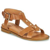 Cipők Női Szandálok / Saruk Karston SOCAS Teve
