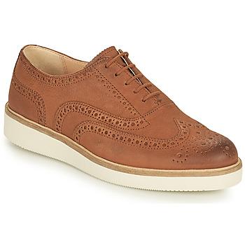 Cipők Női Oxford cipők Clarks BAILLE BROGUE Teve
