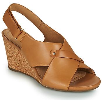 Cipők Női Szandálok / Saruk Clarks MARGEE EVE Bézs