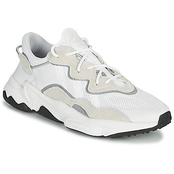 Cipők Rövid szárú edzőcipők adidas Originals OZWEEGO Fehér / Bézs