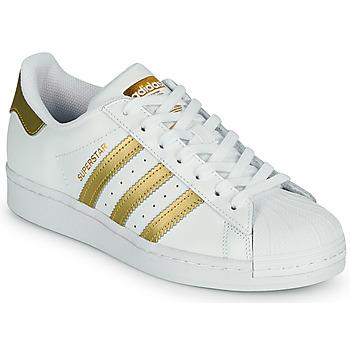 Cipők Női Rövid szárú edzőcipők adidas Originals SUPERSTAR W Fehér / Arany