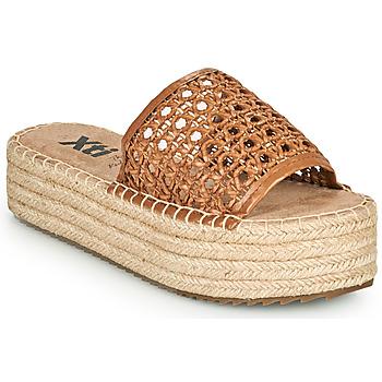 Cipők Női Papucsok Xti FREDI Teve