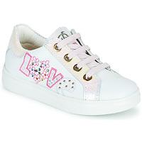Cipők Lány Rövid szárú edzőcipők Pablosky AMME Fehér / Rózsaszín