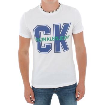 Ruhák Férfi Rövid ujjú pólók Calvin Klein Jeans J30J313241 112 WHITE Blanco