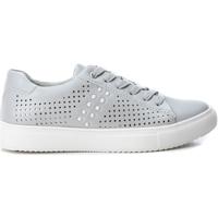 Cipők Női Rövid szárú edzőcipők Xti 48905 PLATA Plateado