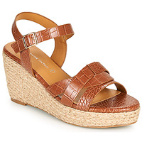 Cipők Női Szandálok / Saruk The Divine Factory QL4351 Teve