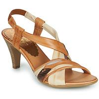 Cipők Női Szandálok / Saruk Betty London POULOI Konyak