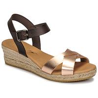 Cipők Női Szandálok / Saruk Betty London GIORGIA Barna / Bőrszínű