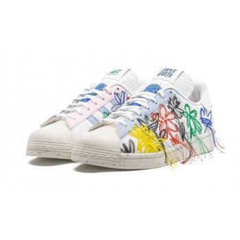Cipők Rövid szárú edzőcipők adidas Originals Superstar x Sean Wotherspoon White/Off-White
