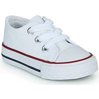 Cipők Gyerek Rövid szárú edzőcipők Citrouille et Compagnie OTAL Fehér