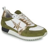 Cipők Női Rövid szárú edzőcipők Philippe Morvan ROOXY V2 Fehér / Keki