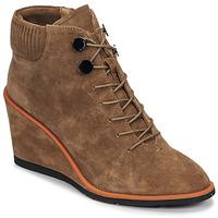 Cipők Női Bokacsizmák JB Martin KARA Trench