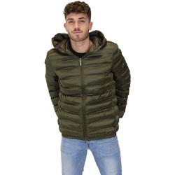 Ruhák Férfi Steppelt kabátok Invicta 4431699/U Zöld