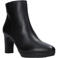 Cipők Női Csizmák CallagHan 27000 Fekete