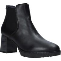 Cipők Női Csizmák CallagHan 27705 Fekete