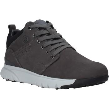 Cipők Férfi Rövid szárú edzőcipők Lumberjack SM34505 009 D01 Szürke