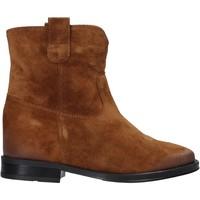 Cipők Női Csizmák Pregunta MAA3307 Barna