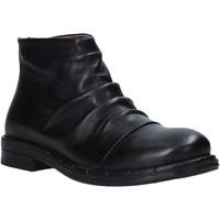 Cipők Női Bokacsizmák Bueno Shoes 20WP2401 Fekete