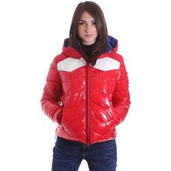 Ruhák Női Steppelt kabátok Invicta 4431732/D Piros