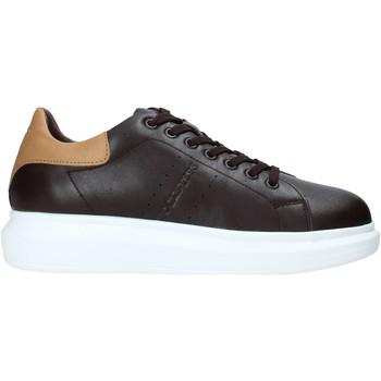 Cipők Férfi Rövid szárú edzőcipők Docksteps DSM104107 Barna
