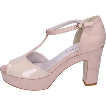 Cipők Női Szandálok / Saruk Olga Rubini Sandali Camoscio sintetico Vernice Beige