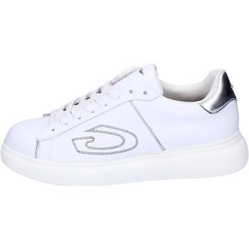 Cipők Női Rövid szárú edzőcipők Guardiani BJ521 Fehér