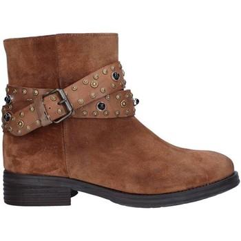 Cipők Női Bokacsizmák Zoe 0050 BROWN