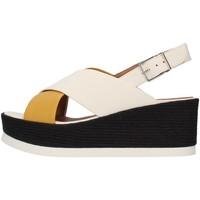 Cipők Női Szandálok / Saruk Tres Jolie 2801/JIL/MS YELLOW
