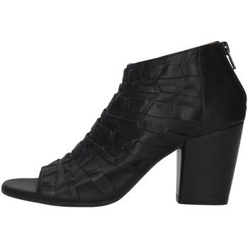 Cipők Női Bokacsizmák Bueno Shoes 20WQ2900 BLACK