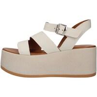 Cipők Női Szandálok / Saruk Inuovo 495002 WHITE