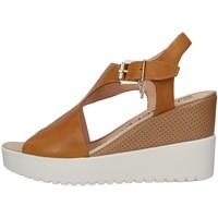 Cipők Női Szandálok / Saruk Stonefly 213914 BEIGE