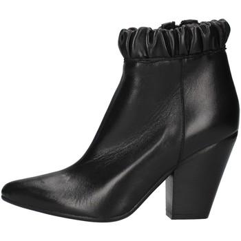 Cipők Női Bokacsizmák Zoe NIKY60 BLACK