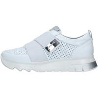 Cipők Női Rövid szárú edzőcipők Stonefly 213805 WHITE