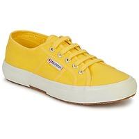 Cipők Női Rövid szárú edzőcipők Superga 2750 CLASSIC Citromsárga