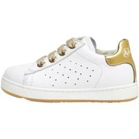 Cipők Gyerek Rövid szárú edzőcipők Naturino 2013500 02 Fehér