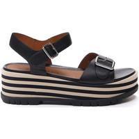 Cipők Női Szandálok / Saruk Stonefly 213920 Fekete