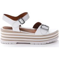 Cipők Női Szandálok / Saruk Stonefly 213920 Fehér