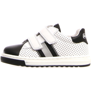 Cipők Gyerek Divat edzőcipők Naturino 2014816 01 Fehér