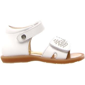 Cipők Lány Szandálok / Saruk Naturino 502679 01 Fehér