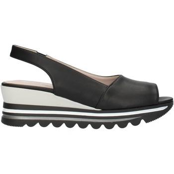 Cipők Női Szandálok / Saruk Comart 9C3486 Black