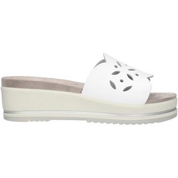 Cipők Női Papucsok Enval 72844 White