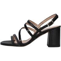 Cipők Női Szandálok / Saruk L'amour 600 BLACK
