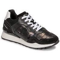 Cipők Női Rövid szárú edzőcipők Bullboxer 939004E5C_BLWH Fekete